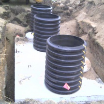 2-compartment-sewer-tank-from-Brown-Wilbert-out-morris-with-2-foot-tiles-coming-up-for-pumping-out-the-tank-witch-get-cut-down-to-ground-level